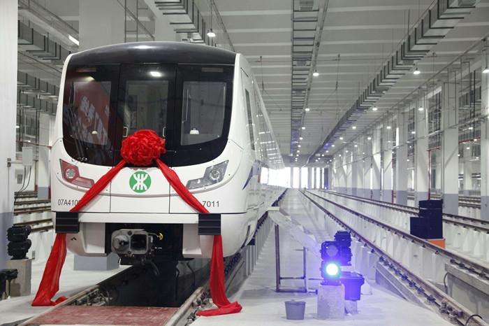 减速机厂家推荐地铁隧道检测站齿轮减速电机选型方案